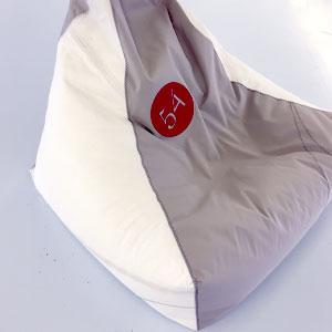Sitzsack grau-weiß